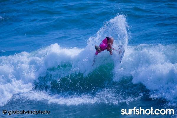 ASP SUPERGIRL PRO SURF CONTEST IN OCEANSIDE